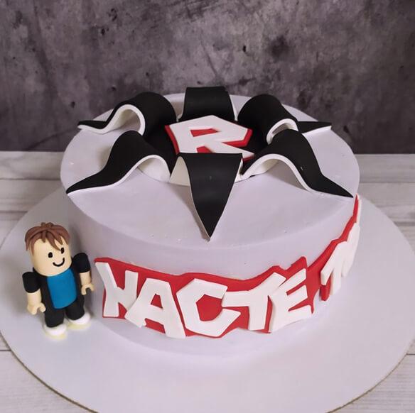 Торт роблокс для девочки
