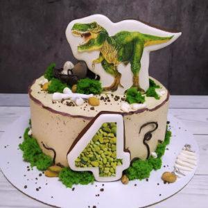 Торт с динозаврами без мастики