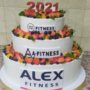 Корпоративный торт с фруктами